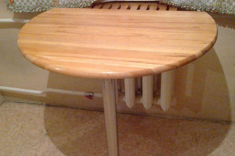 Кухонный стол из бука