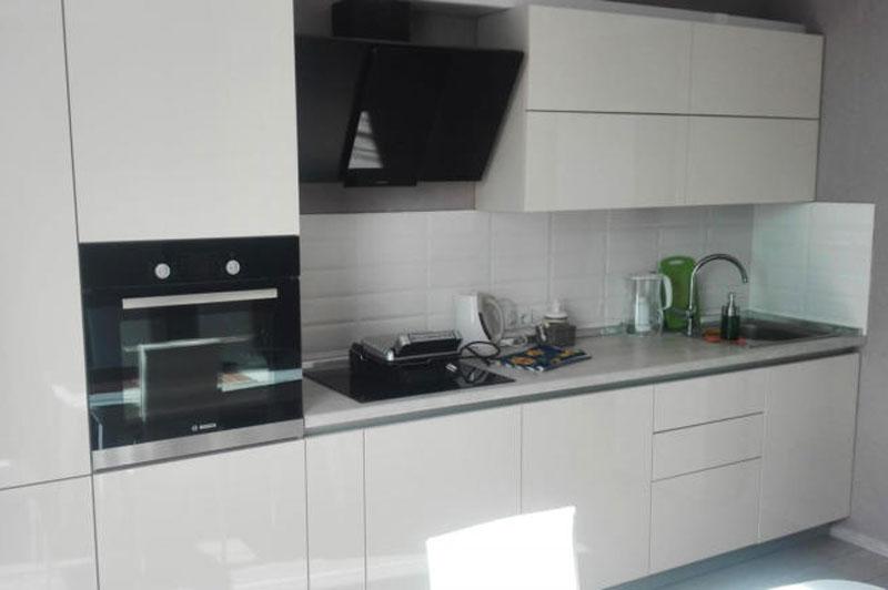 Минималистика кухни 12м2