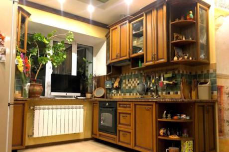 Кухня «прованс» из массива (мебельного щита)
